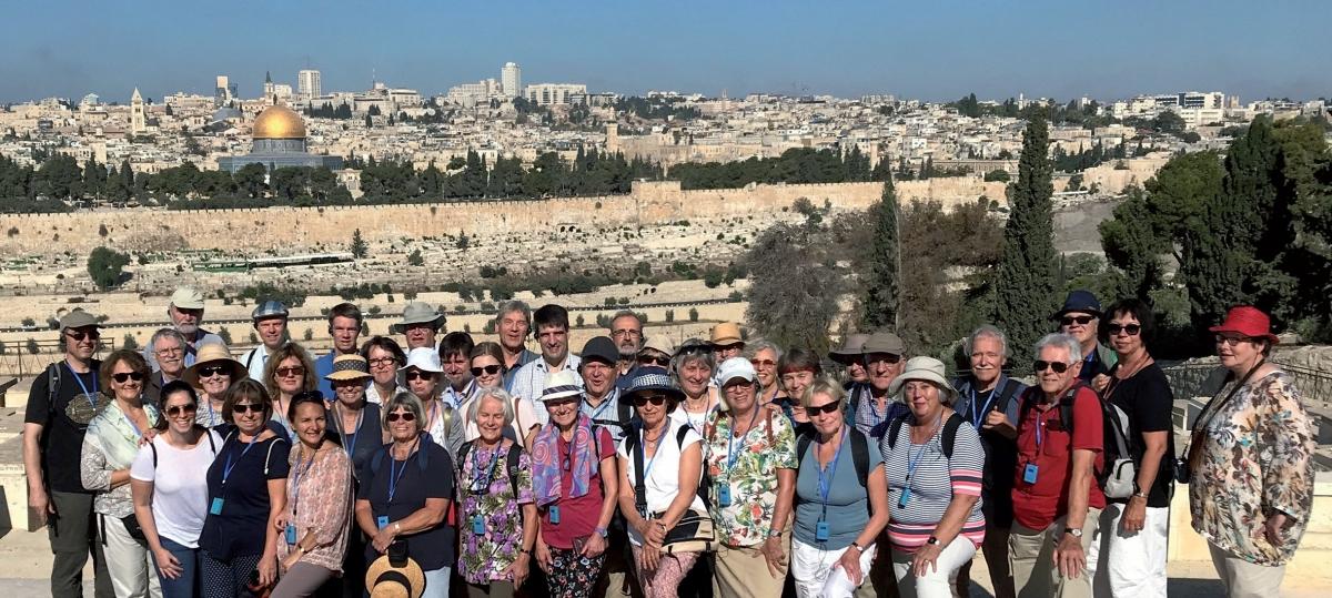 GB 18-3 Reisegruppe vor Jerusalem